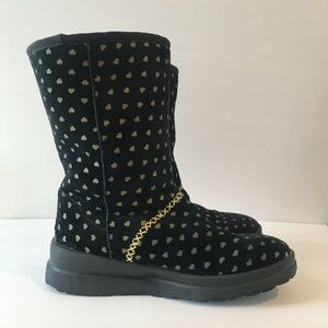 I heart Ugg 'I heart kisses short boot' size 5